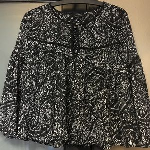 Lucky Brand gorgeous blouse.